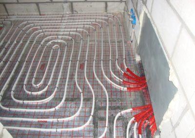 Ogrzewanie podłogowe - budynek firmowy
