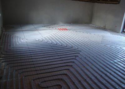 Ogrzewanie podłogowe - dom jednorodzinny Nizinna