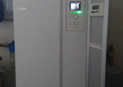 Pompa ciepła NIBE F1245 10kw z chłodzeniem pasywnym - Zakręt, 2016 r.